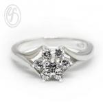 แหวนเงินผู้หญิง แหวนดอกไม้ เงินแท้ เพชรสังเคราะห์ cz เกรด AAA เหมาะเป็นของขวัญในวันพิเศษ แหวนแมั้น แหวนแต่งงาน