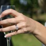 เลือกซื้อแหวนเพชรโคลนนิ่ง ให้สวยปิ๊งโดนใจ