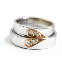 ร้านRing Lovers จำหน่ายและรับผลิตและสั่งทำแหวนคู่รัก แหวนแต่งงาน แหวนหมั้น แหวนเงินแท้ แหวนทอง แหวนทองคำขาว รวมถึงงานจิวเวลรี่อื่นๆ