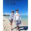 ชุดว่ายน้ำแขนยาว เสื้อสีขาว+กางเกงขาสั้นลายสวยโทนสีฟ้า thumbnail 9