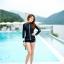 ชุดว่ายน้ำแขนยาวซิปหน้า กางเกงขาสั้น สีดำแต่งขอบขาว thumbnail 2