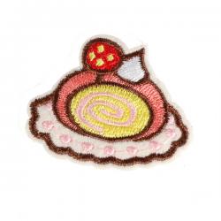 S0086 Strawberry Roll cake 4.9x4cm