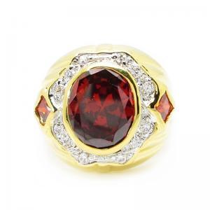แหวนผู้ชายพลอยโกเมนประดับเพชรล้อมชุบทอง