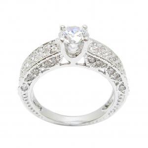 แหวนเพชรกะรัตประดับฐานแหวนด้วยเพชรจิกไข่ปลาชุบทองคำขาว