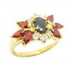 แหวนดอกไม้พลอยสีนิลประดับเพชรและพลอยมาคีย์โกเมนชุบทอง