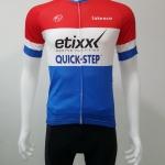 ชุดปั่นจักรยานสั้นปลายแขนและขาแบบเลเซอร์คัต Anti-Slip : XP170080